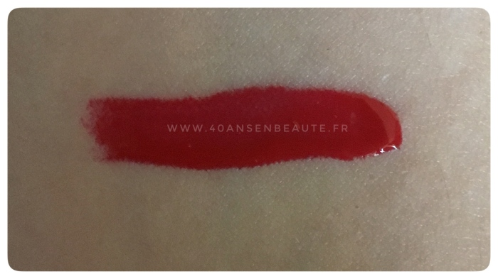 AVIS-SWATCHES-GERARD-COSMETICS-LIGHTED-LIPGLOSS-CANDY-APPLE